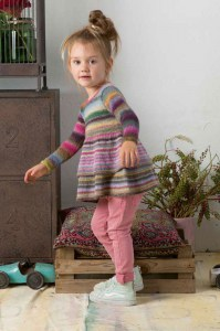 Kit à tricoter Lang Yarns Enfant Robe en Mille Colori Baby