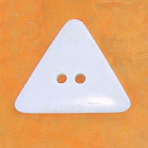Bouton triangulaire en os 50 x 40 mm