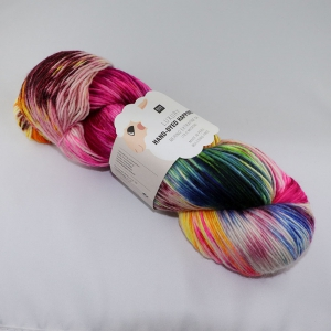 Rico Design Luxury Hand-Dyed Happiness - Echeveau de 100 gr - 002 Ecru-Fuschia